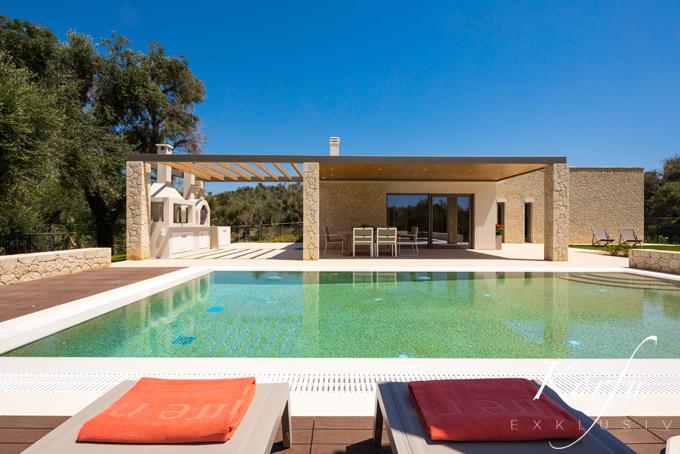 Villa ianira-Luxusvilla-halikounas-korfu-exklusiv-ferienhaus